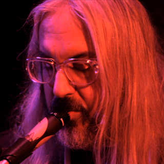 J Mascis