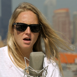 Sep 20, 2013 Le Roof Brooklyn, NY by Lissie