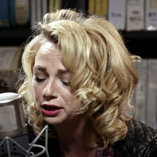 Apr 11, 2017 Paste Studios New York, New York by Samantha Fish
