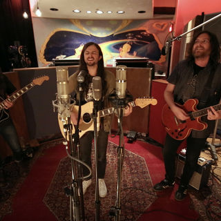 Aug 21, 2017 Electric Lady Studios New York, NY by J. Roddy Walston and the Business