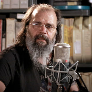 Mar 28, 2019 Paste Studios New York, New York by Steve Earle