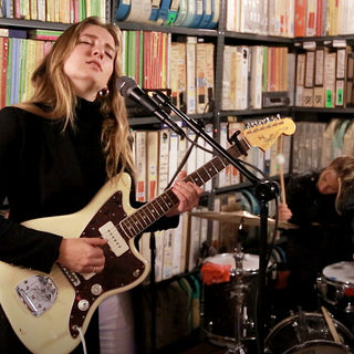 Oct 8, 2019 Paste Studio NYC New York, NY by Madison Cunningham